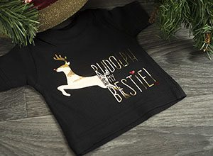 Rudolph, kid's shirt, svg cut file, decofilm brilliant light gold, decofilm brilliant red